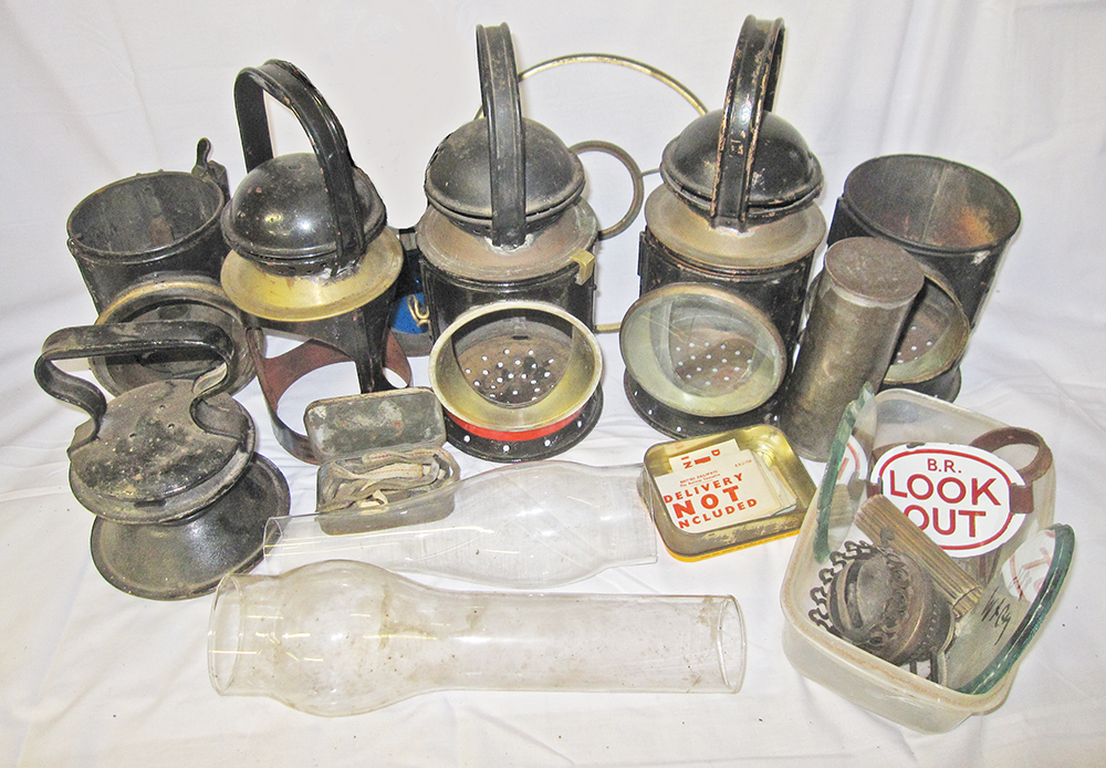 A Miscellaneous Quantity Of Lamp Spares To Include