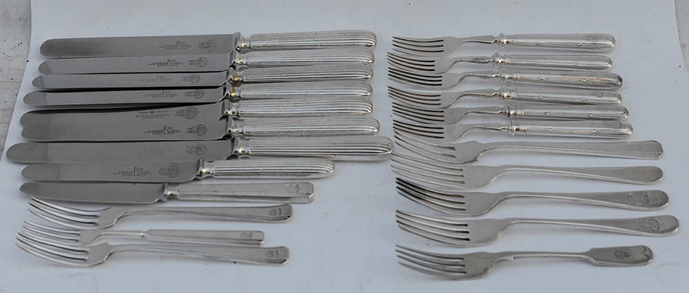 23 Pieces Of GWR Cutlery Inclusive Of Knives And