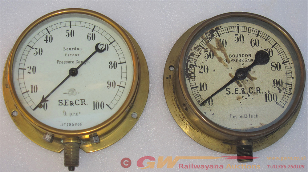 2 X SE&CR Pressure Gauges. Both 0-100 Psi Made By