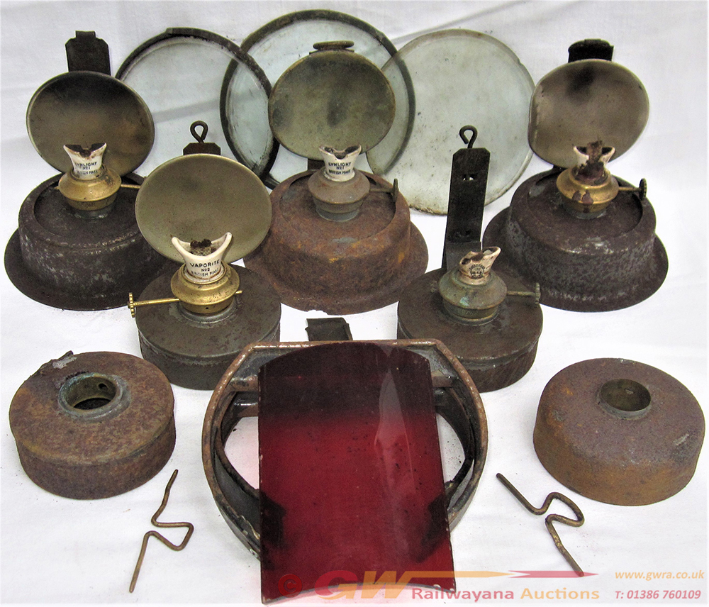 A Lot Containing Various WR Brass Collar HAND LAMP