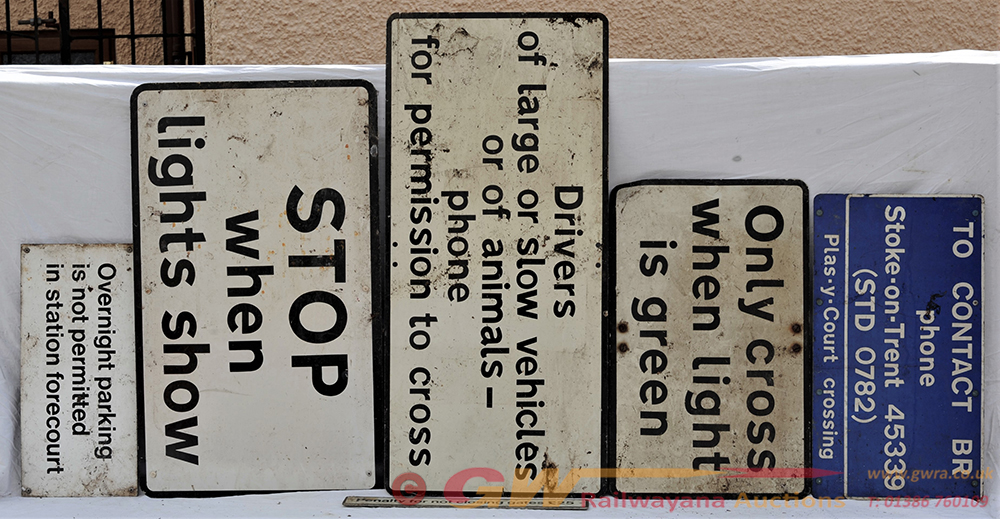 A Lot Containing 6 X Modern Image Warning Signs To