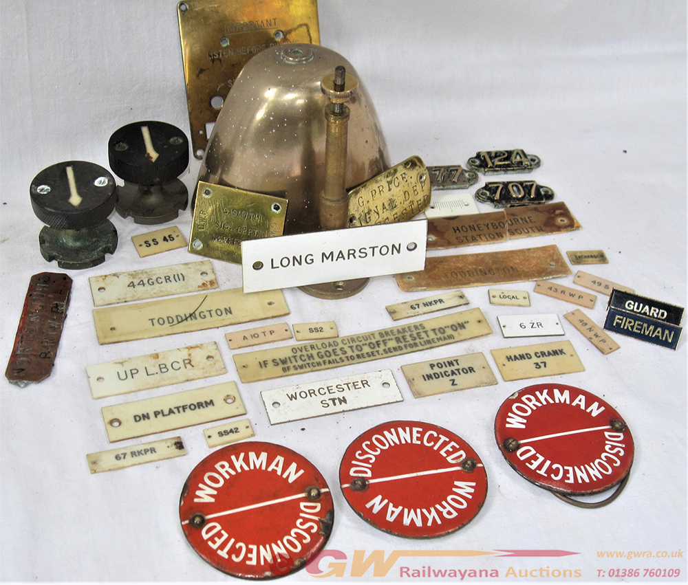 A Lot Containing A Collection Of Signalling Parts