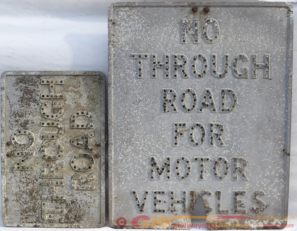 2 X Road Signs. NO THROUGH ROAD FOR MOTOR VEHICLES