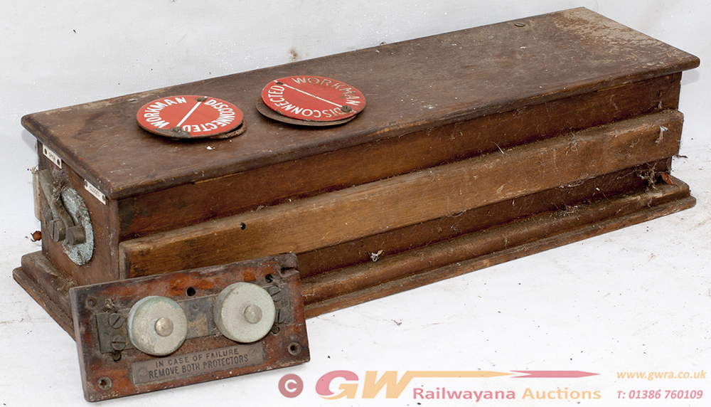 GWR Signalbox Lightning Isolator Board With Brass