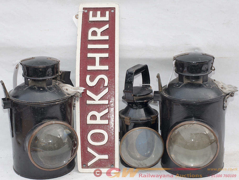 2 X GWR Signal Lamp Cases. One Complete With