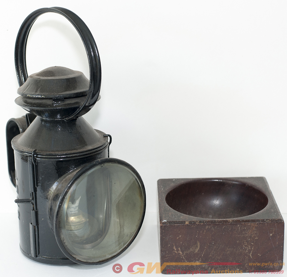 LNER 3 Aspect Guards HAND LAMP Together With A GWR