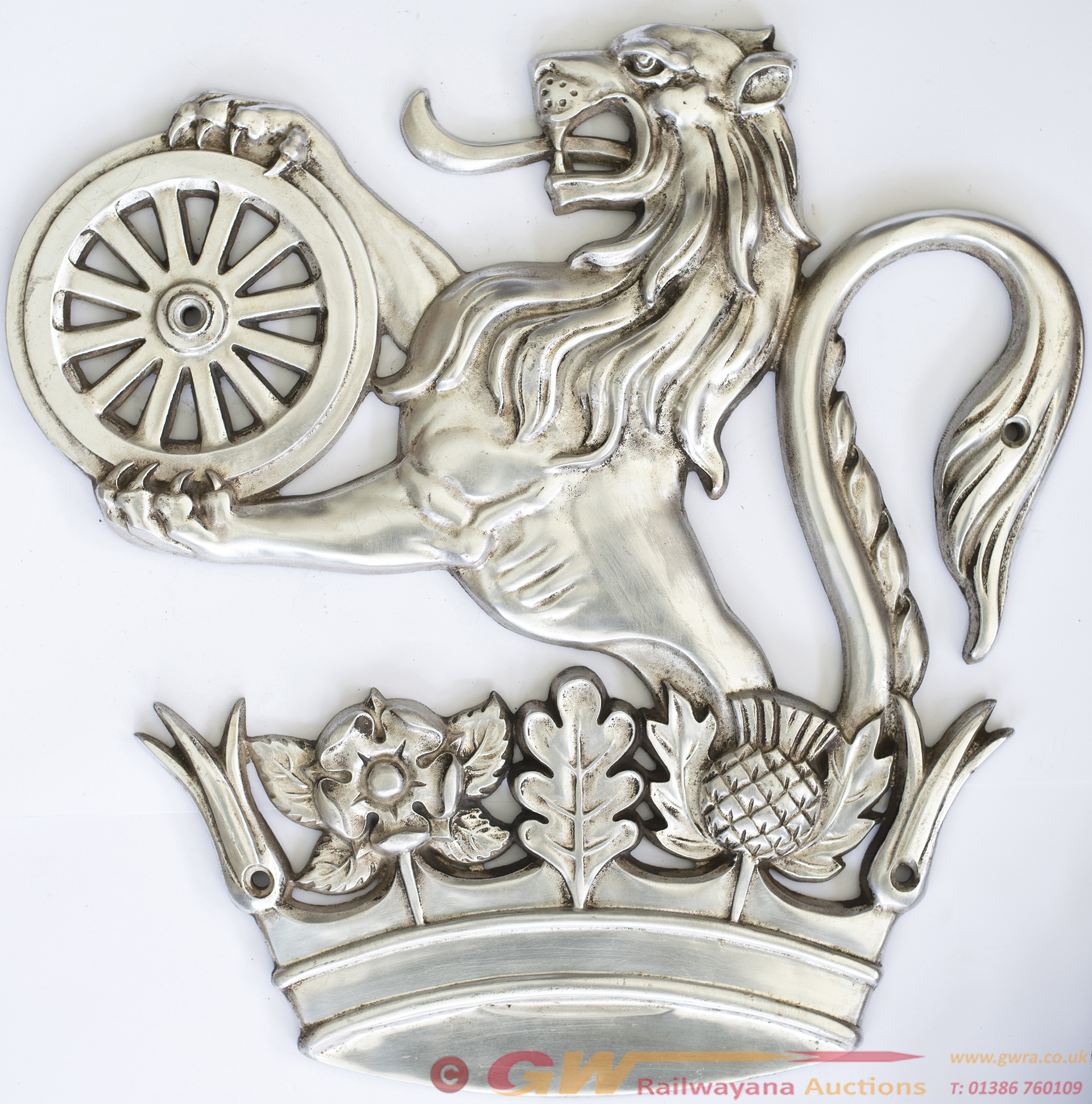 BR Lion Over Wheel Cast Aluminium Crest, Ex Class