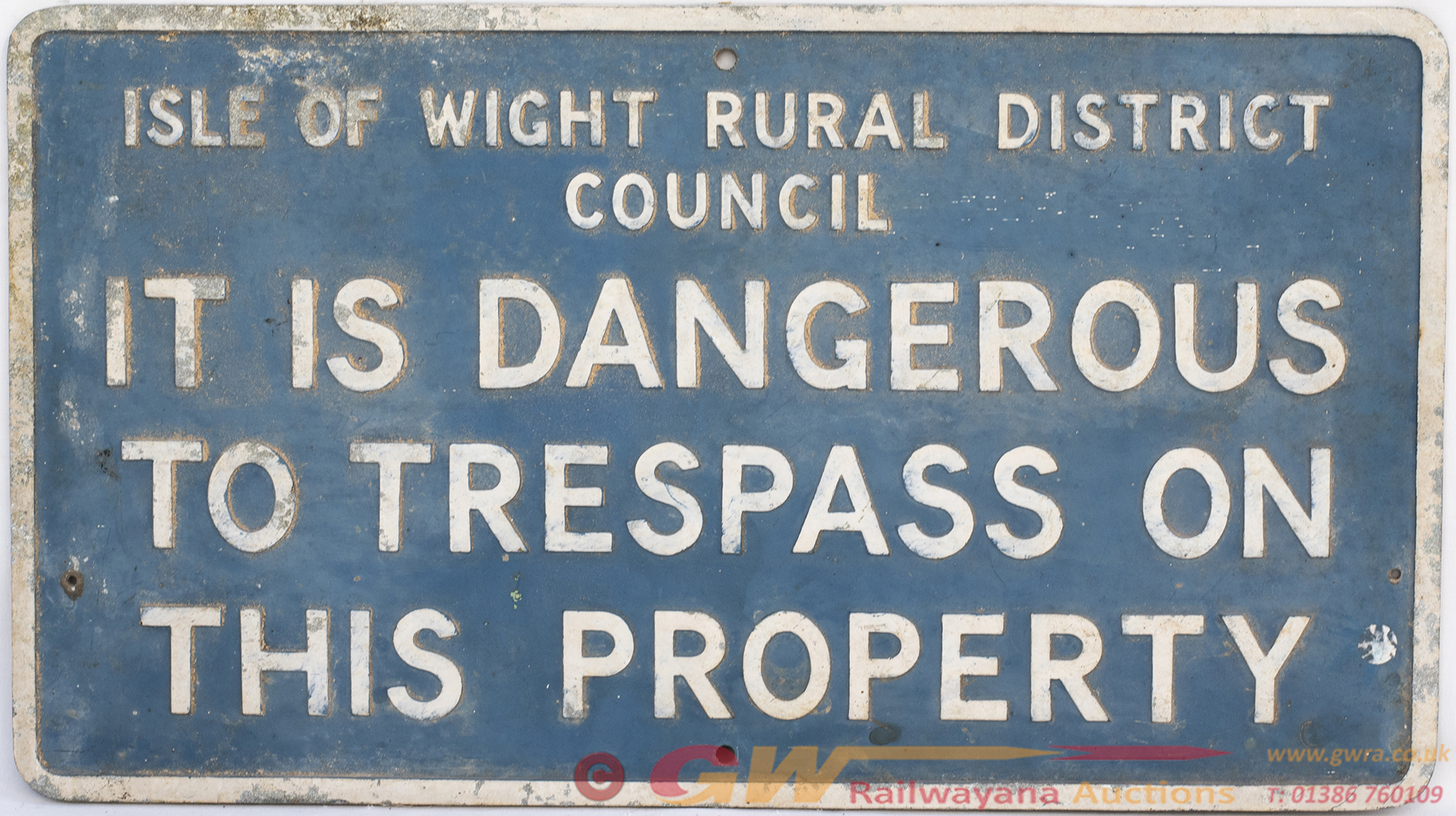 Motoring Sign ISLE OF WIGHT RURAL DISTRICT COUNCIL